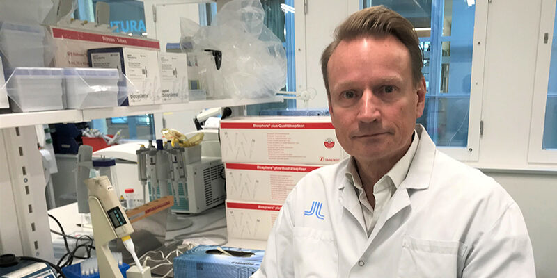Swedish researchers and companies to develop COVID-19 vaccine